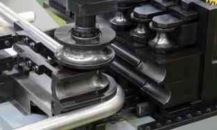 Процесс работы автоматического трубогиба