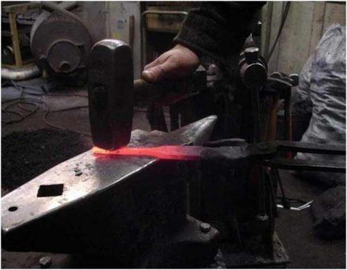 Процесс формовки хвостовика