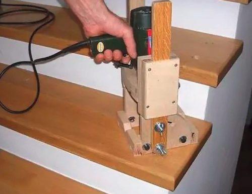 Самодельное устройство для сверления под углом